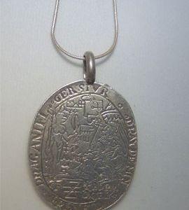 talismán Catalina de Medicis en plata de ley