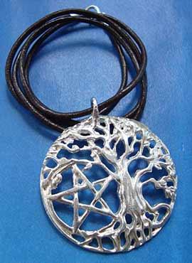 collar celta de arbol de la vida y pentaculo de plata