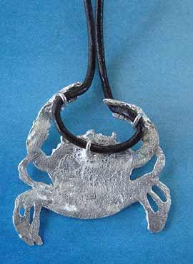 colgante cangrejo de plata tras