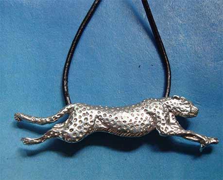 colgantes de felinos guepardo de plata