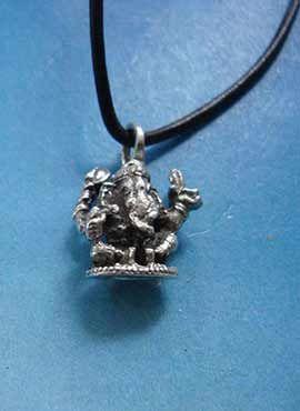 Ganesha pequeño colgante de plata
