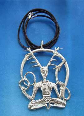 colgante celta dios Cernunnos de plata