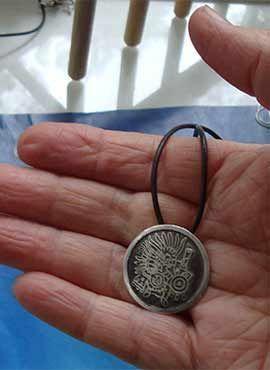 Huitzilopochtli-colgante-de-plata oxidada medalla