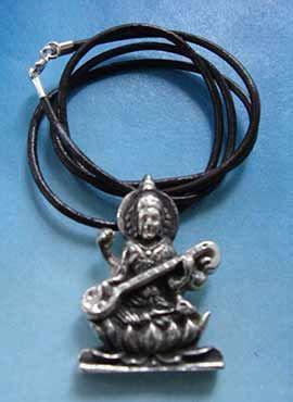 collar de Sarasvati diosa hindú de la música y artes colgante de plata