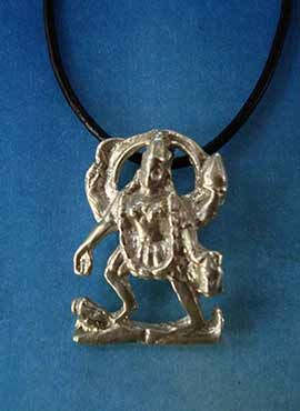 kali diosa hinduista de la energía colgante plata