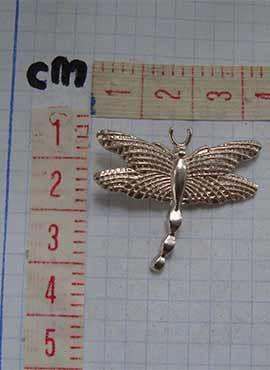 colgante libélula medidas cms