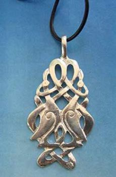 colgante celta nudo de grullas de plata de ley