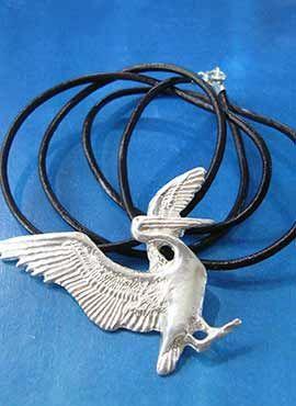 pelícano de plata collar amuleto