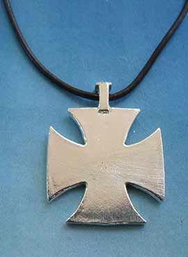 cruz templaria amuleto de plata