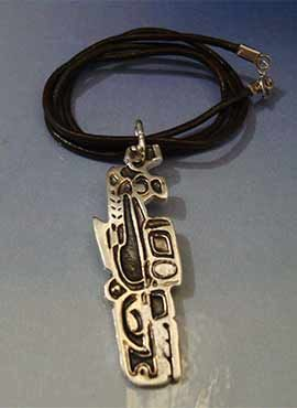 collar amuleto inuit de ballena esquimal