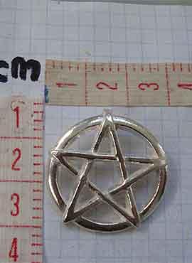 dimensiones del pentáculo pentagrama mágico amuleto wiccano colgante de plata