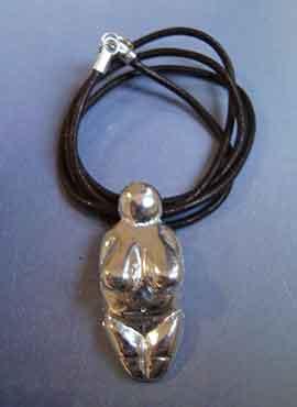 collar figurilla Venus de Menton plata