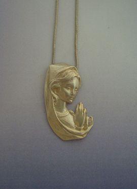 virgen María naitividad colgante de plata