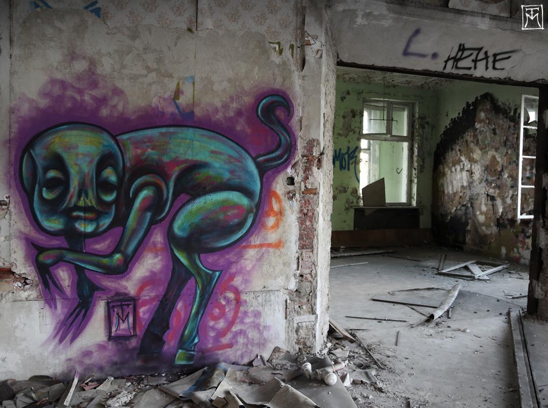 Creature of the Walls - Urbex Graffiti Character