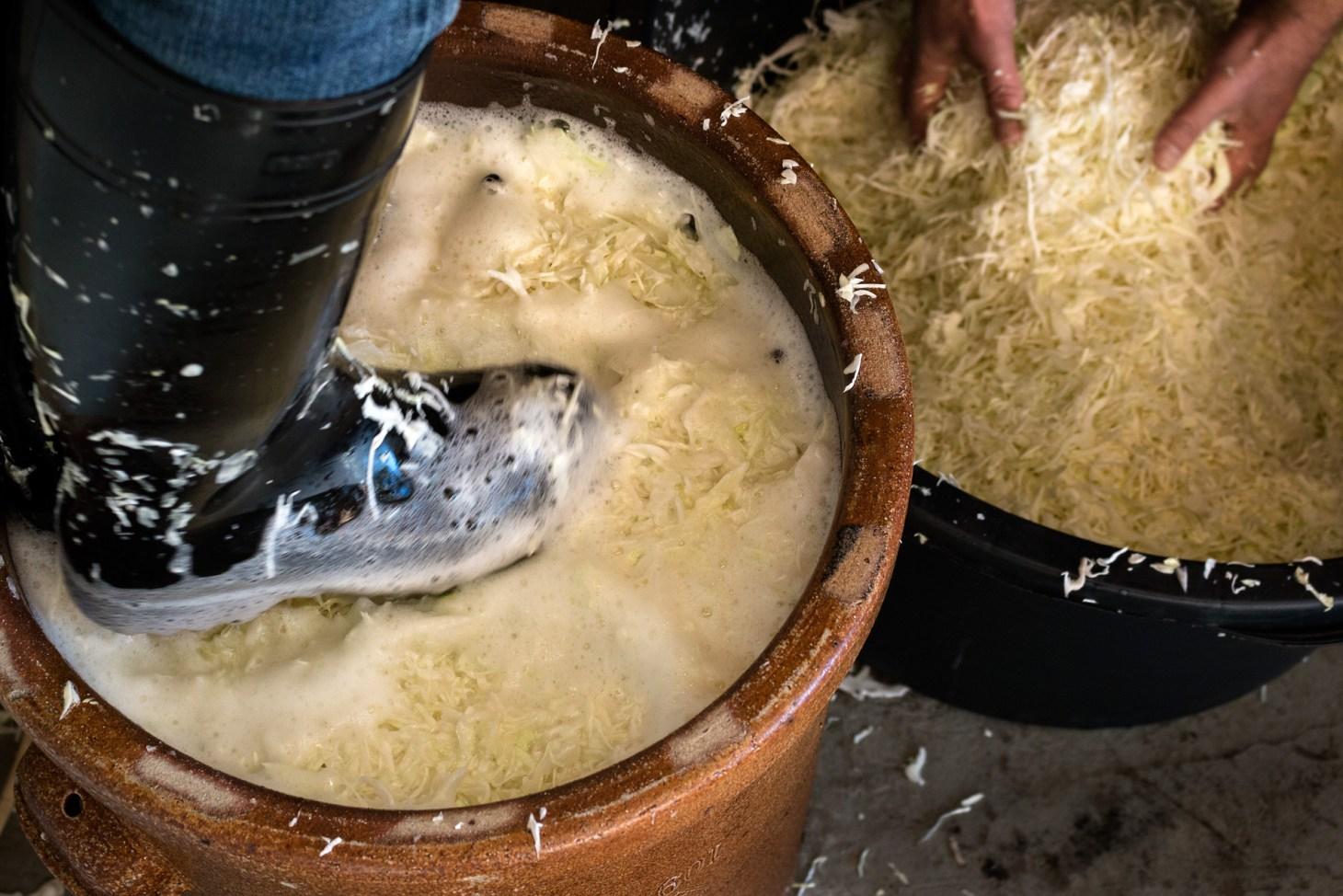 Sauerkraut stampfen
