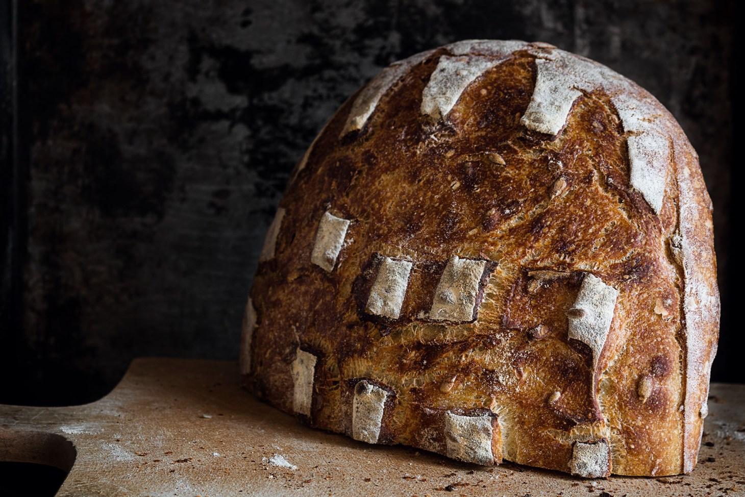 Brot mit Würfelmuster