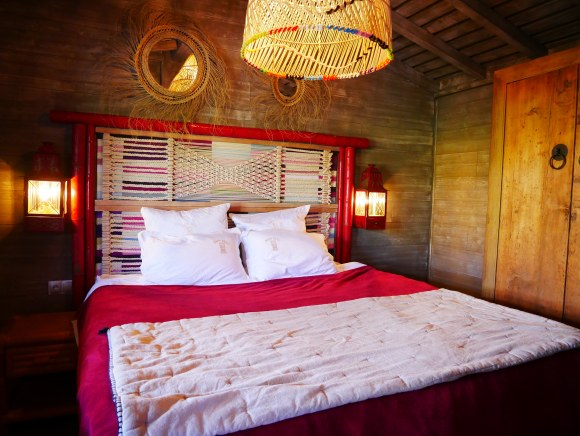 , Polynesian styled beach huts, 5 mins drive from St Tropez