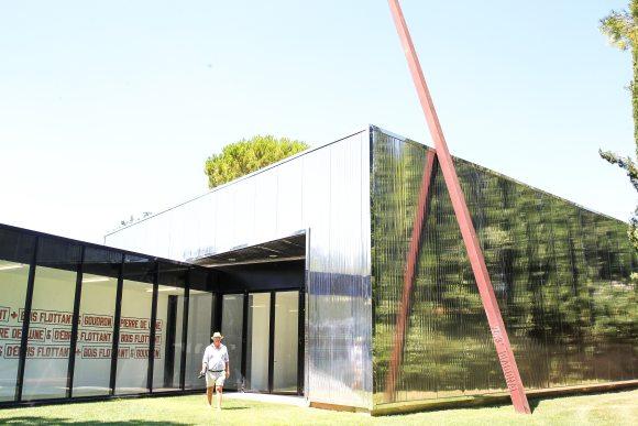 , Sculpture estate curated by Bernar Venet at the Côte d'Azur
