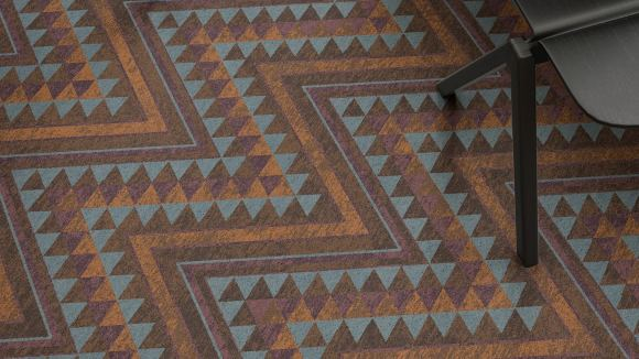zig zag carpet, The colors and patterns of Edfu temple translated in a zig zag carpet