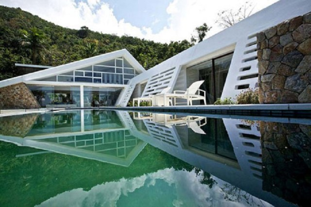 Aqualina Residence