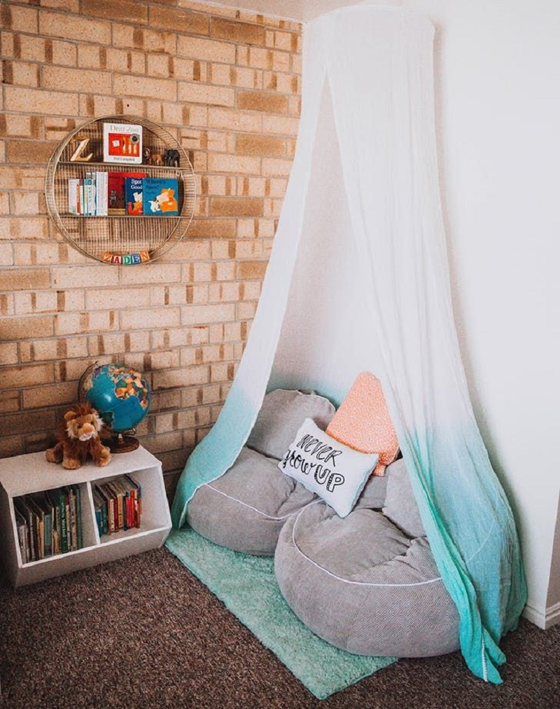 Chic Reading Nook