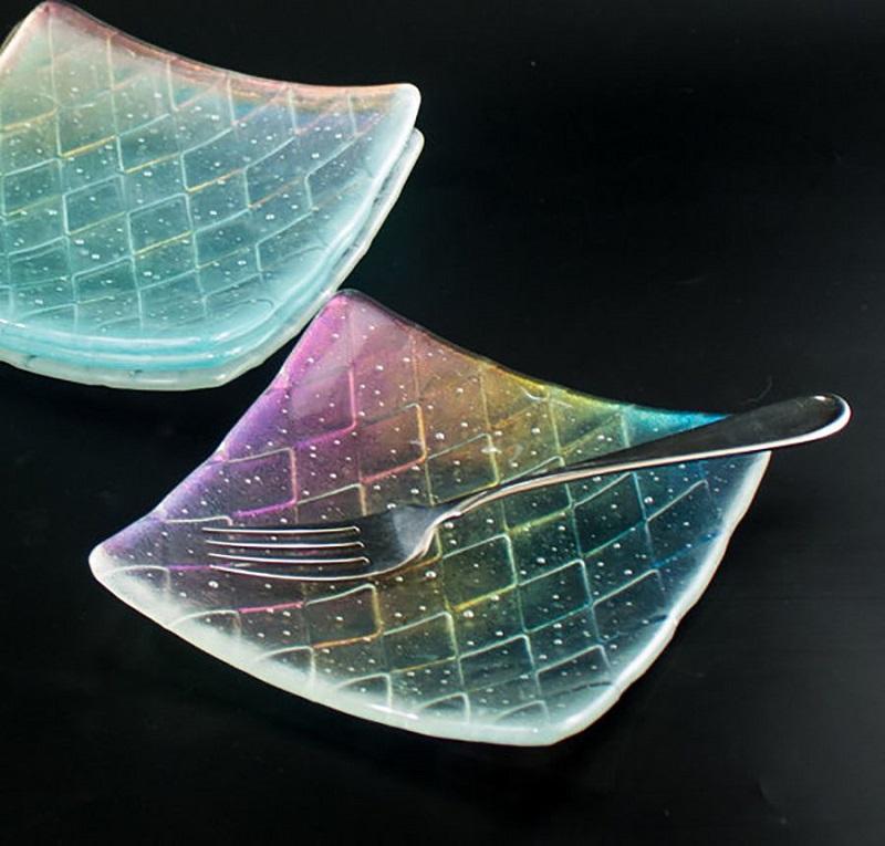 Iridescent Desert Plate