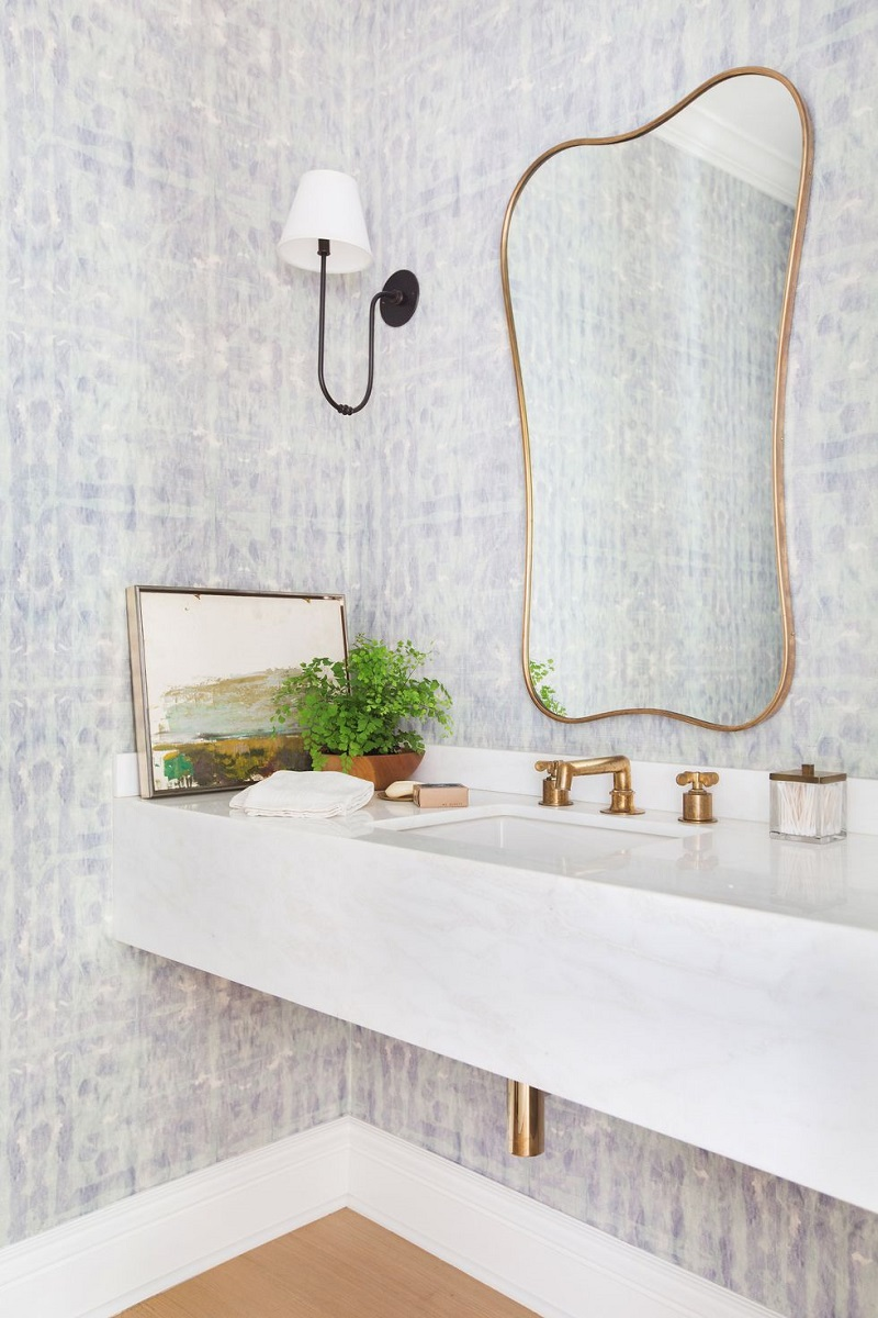 Calm Bathroom Design