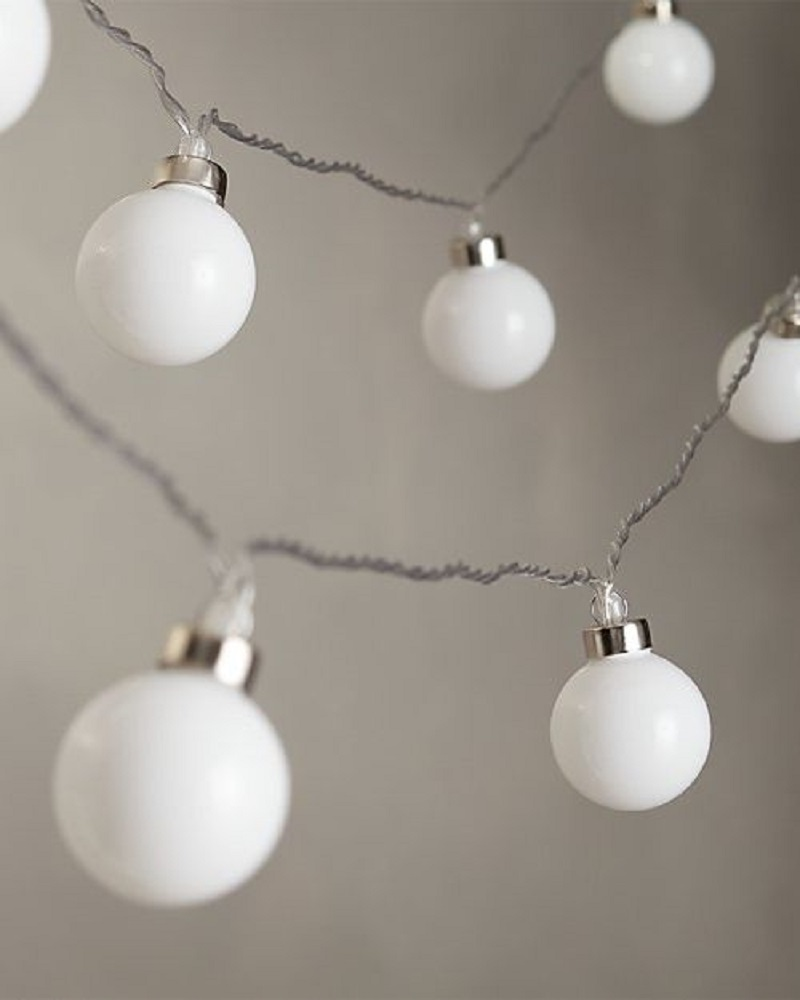 White Bulb String Lights