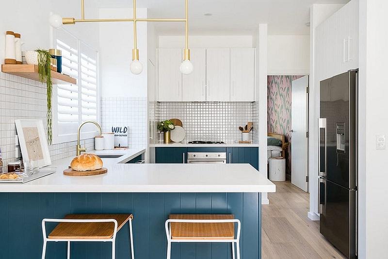 Gorgeous Modern Beach Style Kitchen