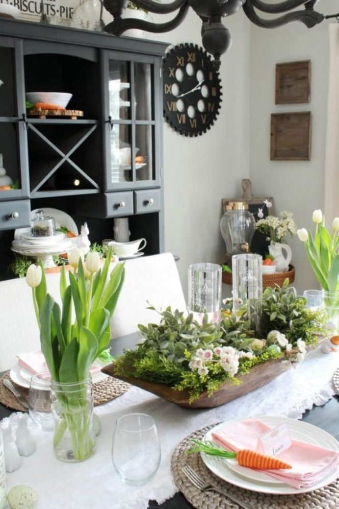 Green Centerpiece Easter Table