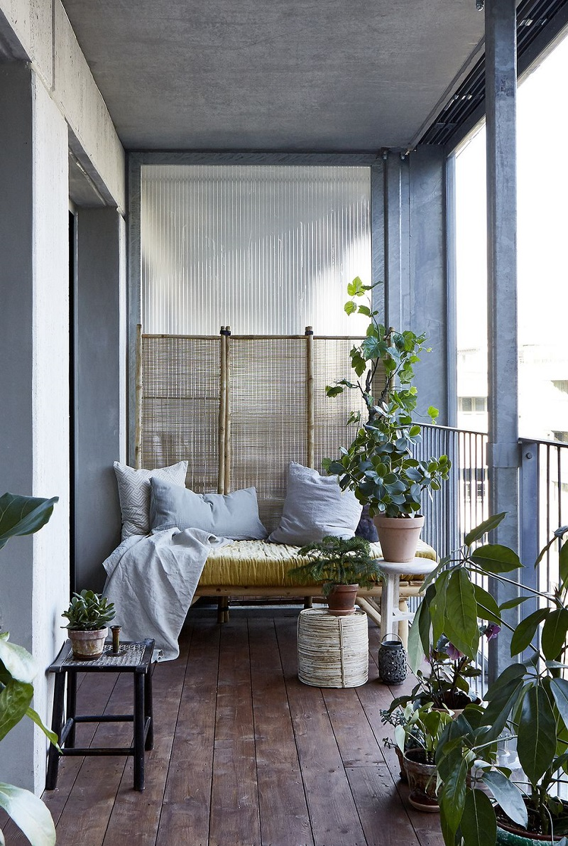 Portable Partition For City Balcony