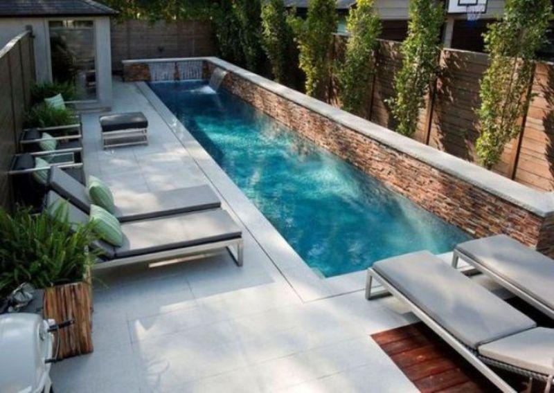 A Modern Small Backyard