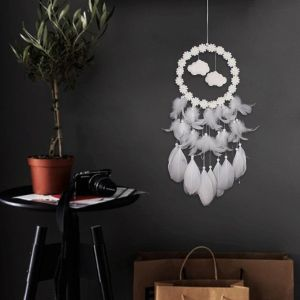 30 Pretty Enchanting DIY Dream Catcher Ideas for Your Bohemian Home Decoration
