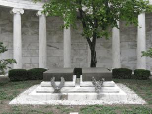 president-warren-g-and-florence-kling-hardings-grave-ledgers