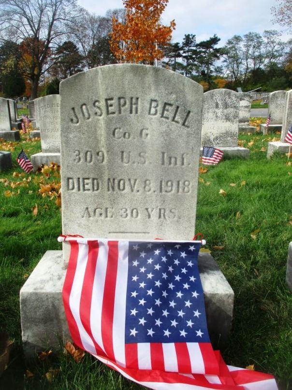 Mt. Hope Cemetery. 11 a.m, 11 November, 2018 [Photo: Dean Tucker]