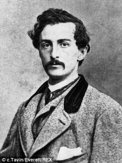 Mr Jones describes actor John Wilkes Booth as a 'man with face of livid whiteness'