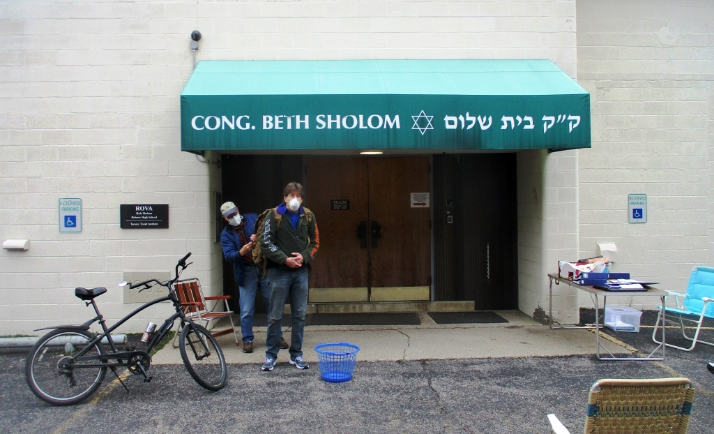The New Life Food Cupboard on Monroe Avenue at Temple Beth Sholom is still open!