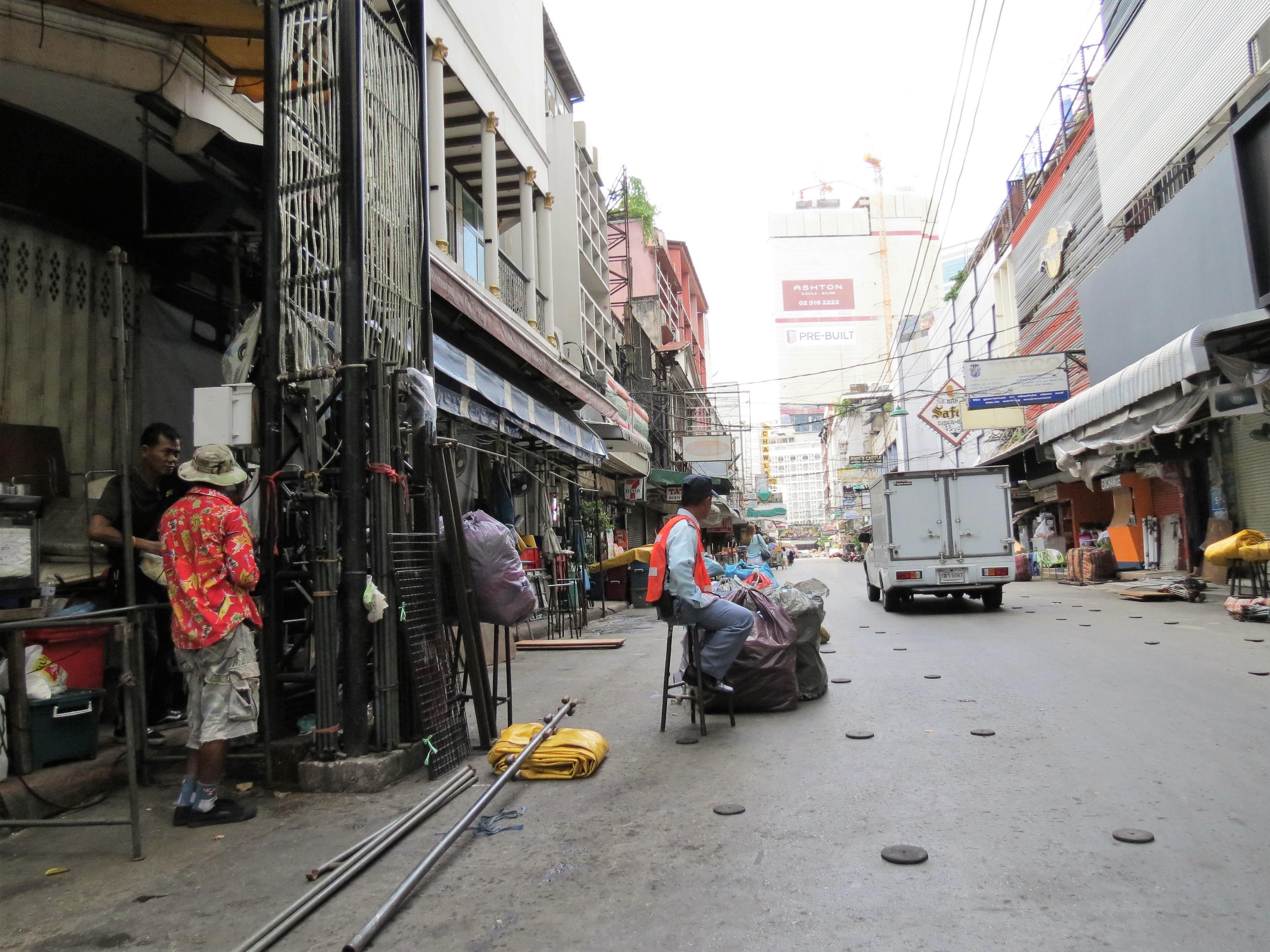 Photo Walks Around Silom Road, Bangkok