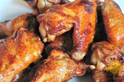 Spicy Chicken Wings | TalkNomzToMe.nl