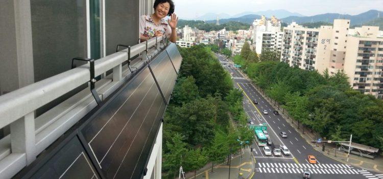 Solar panel on balcony (c) SMG