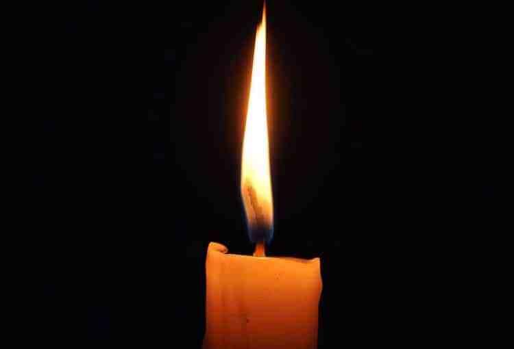 Obituary-Candel4.jpg