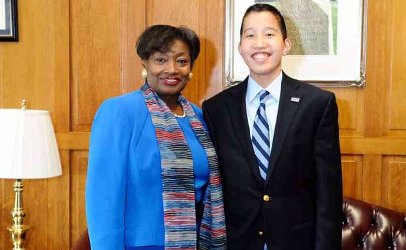 Sen. Stewart-Cousins Honors 13 year old Jake Gallin of New Rochelle, Named as One of America's Top Youth Volunteers.jpg