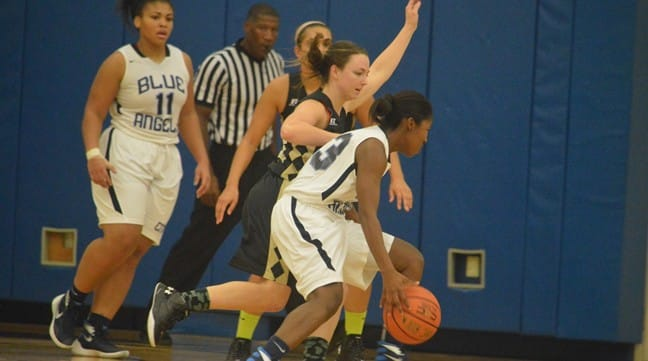 Brandon's 32-Points Leads CNR to Comeback Win Over Yeshiva