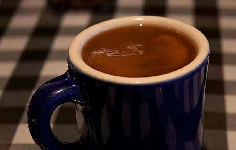 800px-Coffee_cup_(1).jpg