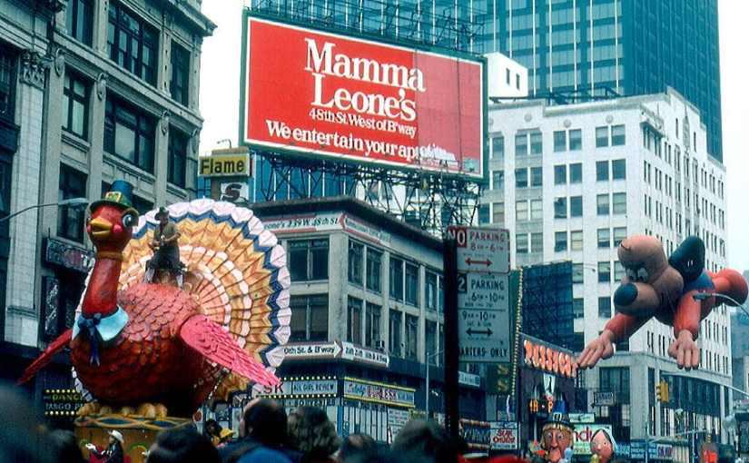Macy's Thanksgiving Day parade.jpg