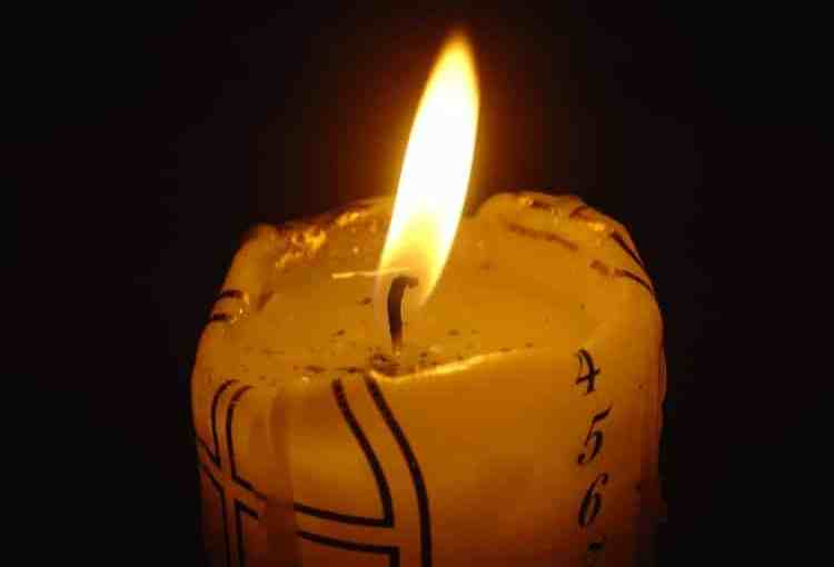 Obituary-Candle2.jpg