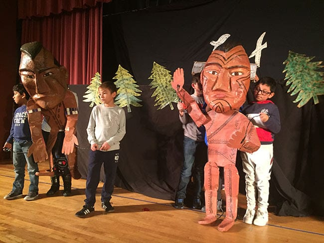 Webster fourth-graders rehearse Peacemaker and the Tree of the Great Peace.