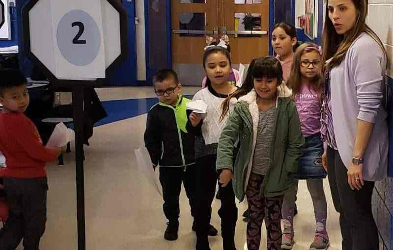 Columbus Hosts Night of STEM Fun for Second-Graders and Families