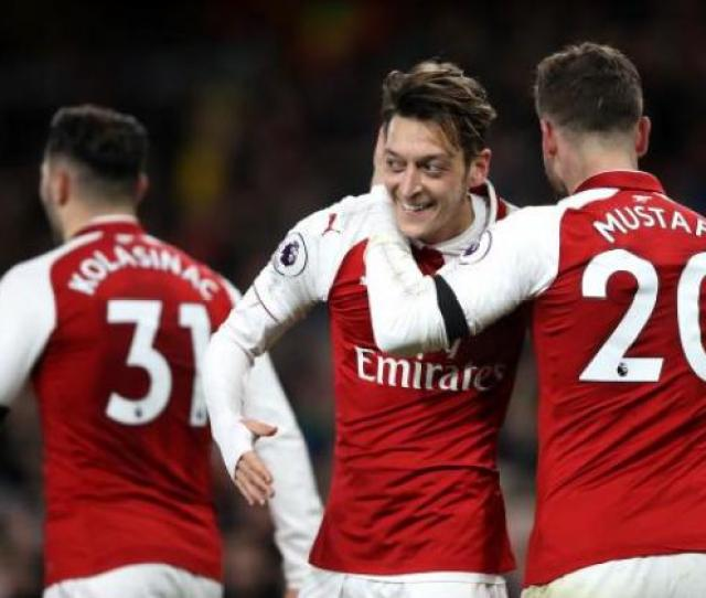 Arsenal Need Key Player Mesut Ozil Says Striker Olivier Giroud