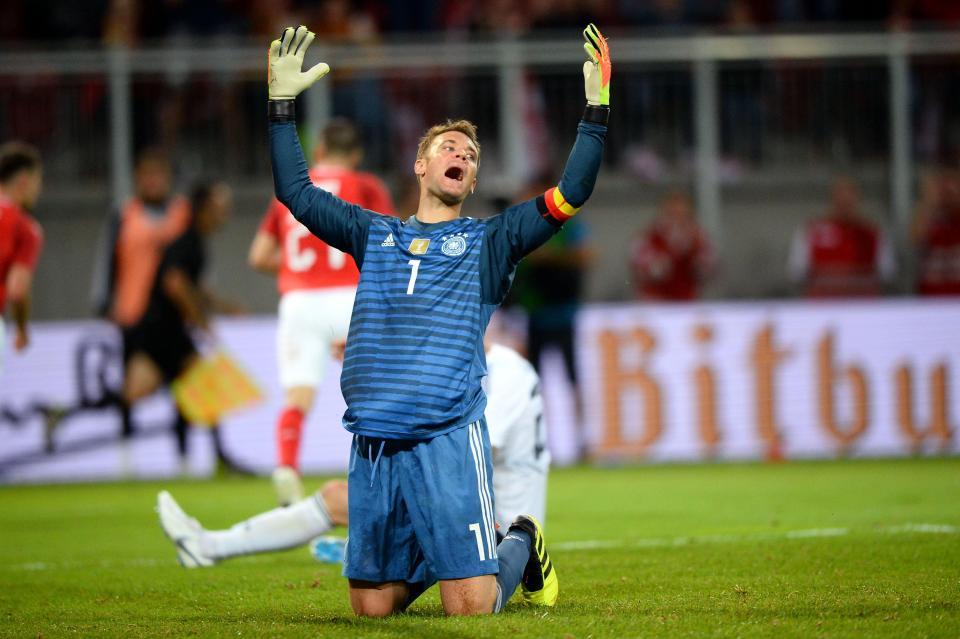 Billy Hawkins (Senior Writer) – Manuel Neuer  talkSPORT writers predict which goalkeeper will win the World Cup 2018 Golden Glove Glove 3